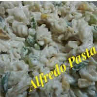 Spaghetti in Alfredo Sauce