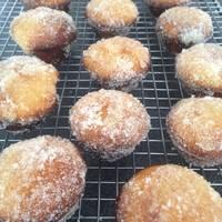 Jam-Doughnut Mini Muffins