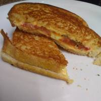 Roasted tomato grilled cheese sandwiches