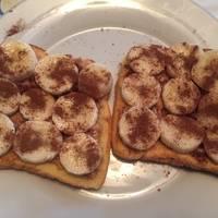 Healthy Banana & Peanut Butter Breakfast Toast