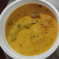 Samolina & gram flour dumpling in gravy