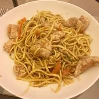 My Sister's Stir Fry/Chow Mein!