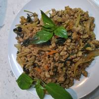 Thai Stir-fried Spicy Minced Pork With Holy Basil (Pad Kra Prao Moo Sap)