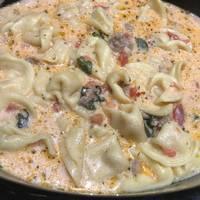 Crockpot Sausage Tortellini Soup