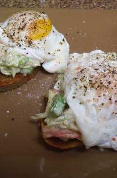resep masakan imitation crab salad on crostini topped with a poached egg