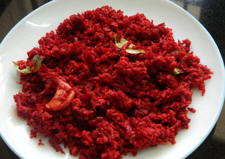 Beetroot with grated coconut (thoran)