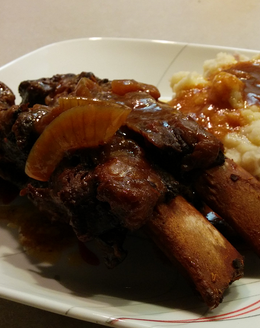 Slow Cooked German Ribs & Mashed Red Potatoes