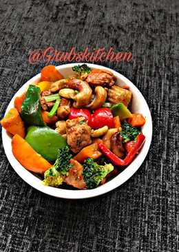 Thai chicken and vegetable spicy stir fry