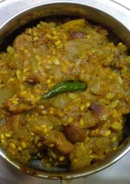 Bottle gourd moong daal curry