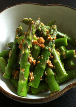 Garlic Goma-ae Asparagus