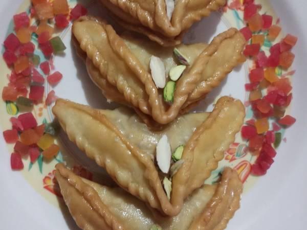 Shahi Mava gujiya