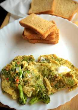 Broccoli,Dill and Feta Omelette with Toast