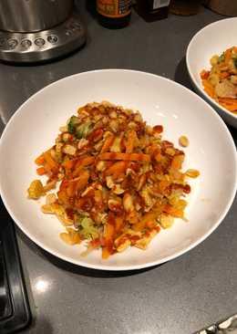 Lazy veg and nut stir fry