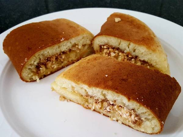 Martabak/Indonesian style thick pancake with natural yeast