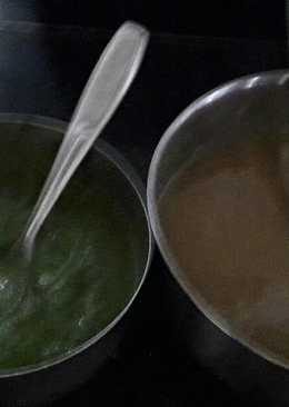 Mint Coriander chutney and Khajoor Imli Chutney