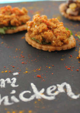Achari Chicken Canape