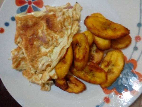 Fried egg with fried plantain