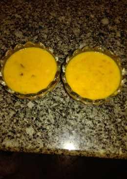 Mango and custard with dates