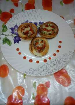 Bread rings pizza