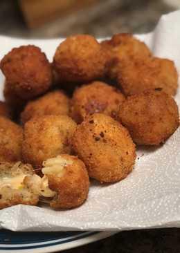 Macroni cheese Balls