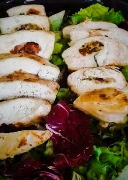 Chicken breast with basil and sundried tomato