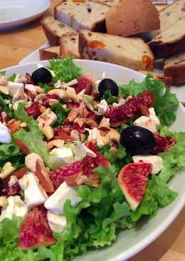 Colorful & Healthy fig salad