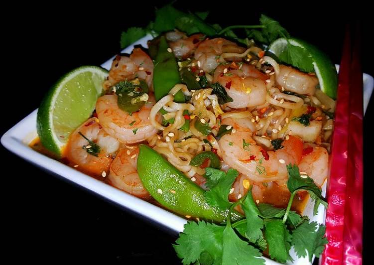 Spicy Shrimp Pho Udon Noodles – Fondos de Pantalla