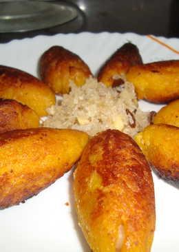 Unnakkaaya (Banana Flambe Fritters)