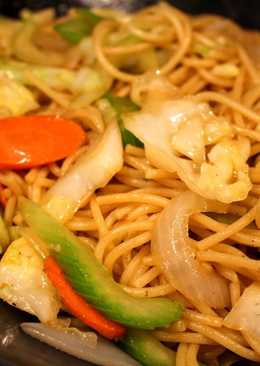 Super Easy & Inexpensive (Spaghetti) Vegetable Chow Mein