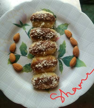 Bread chacham with chocolate stuffing