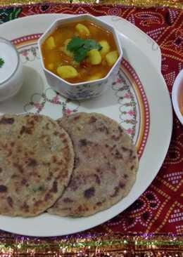 Rajgira aloo paratha with aloo ki sabji