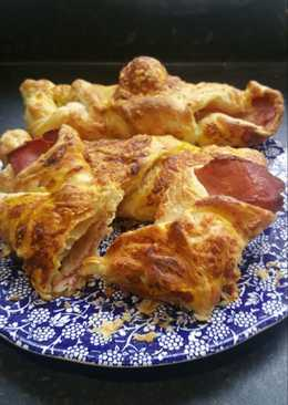 Mama's cheese and bacon wraps