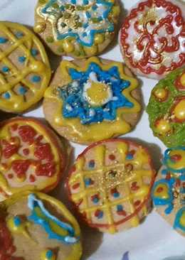 Baked Sugar Cookies with eggless Royal icing for Christmas