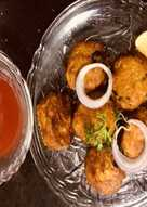 Fritters from leftover khichdi