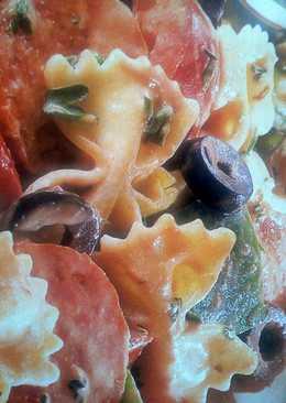 Italian Pasta Salad with A Tomato Dressing