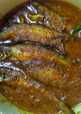 Pabda fish curry