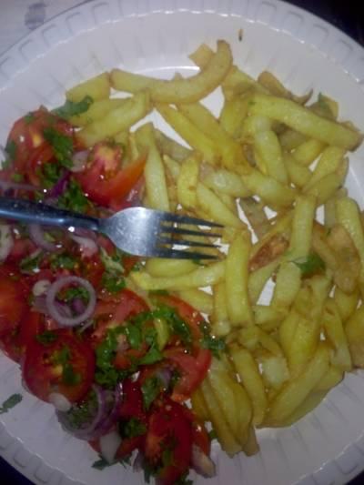 Chips with Kachumbari