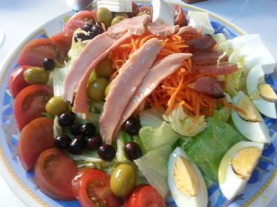Tuna, Egg and Tomato Salad