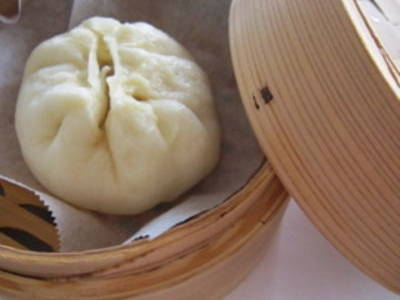 Homemade Chinese Steamed Buns with Pork (Nikuman)