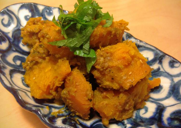 Simmered Pumpkin with Minced Meat