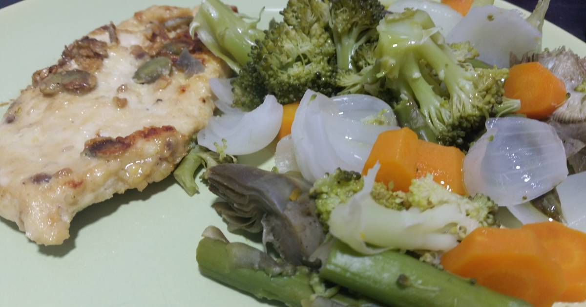 Grilled chicken breast with steamed vegetables Recipe by ...