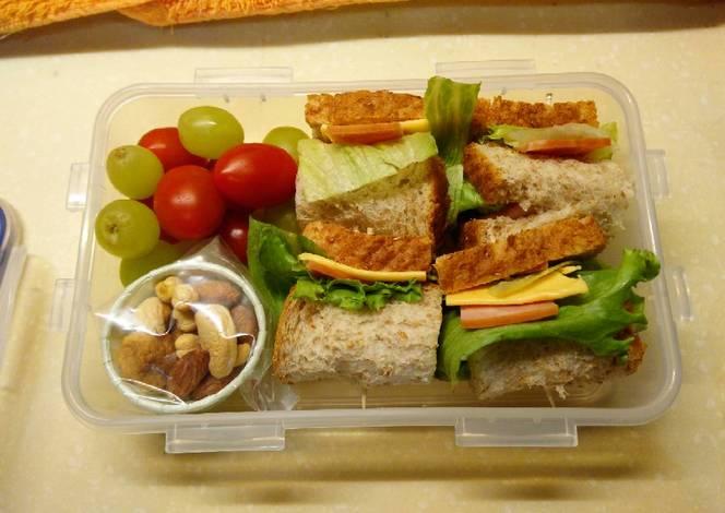 Resep Honey Baked Ham Sandwich Lunchbox