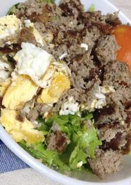 Salad Idea with Sausage Link (Filipino Longganisa) & Egg