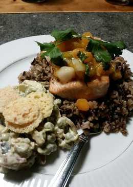 Brad's salmon w/ apricot Pico & chunky Bleu cheese pea salad
