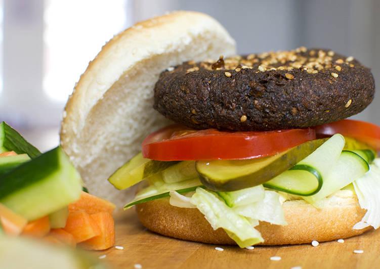 Fala'philia' Burger