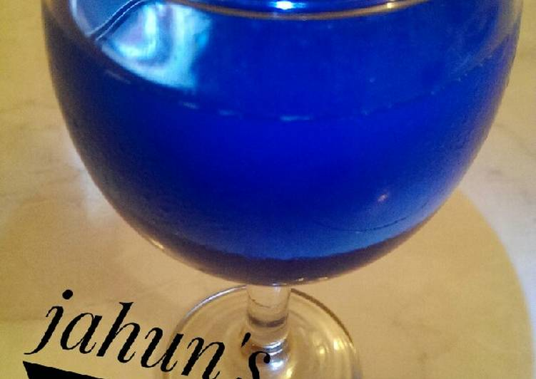 Electric Blue Lemonade