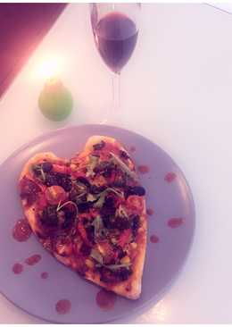 Heart Shaped Pizza (Valentine Day Special)