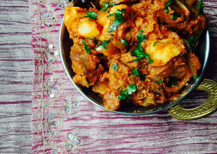 Meat Curry with Cumin flavoured potatoes