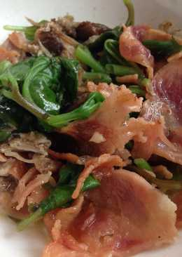 resep masakan keto bacon spinach salad