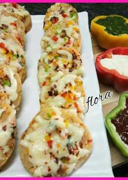 Cheese masala paneer pizza